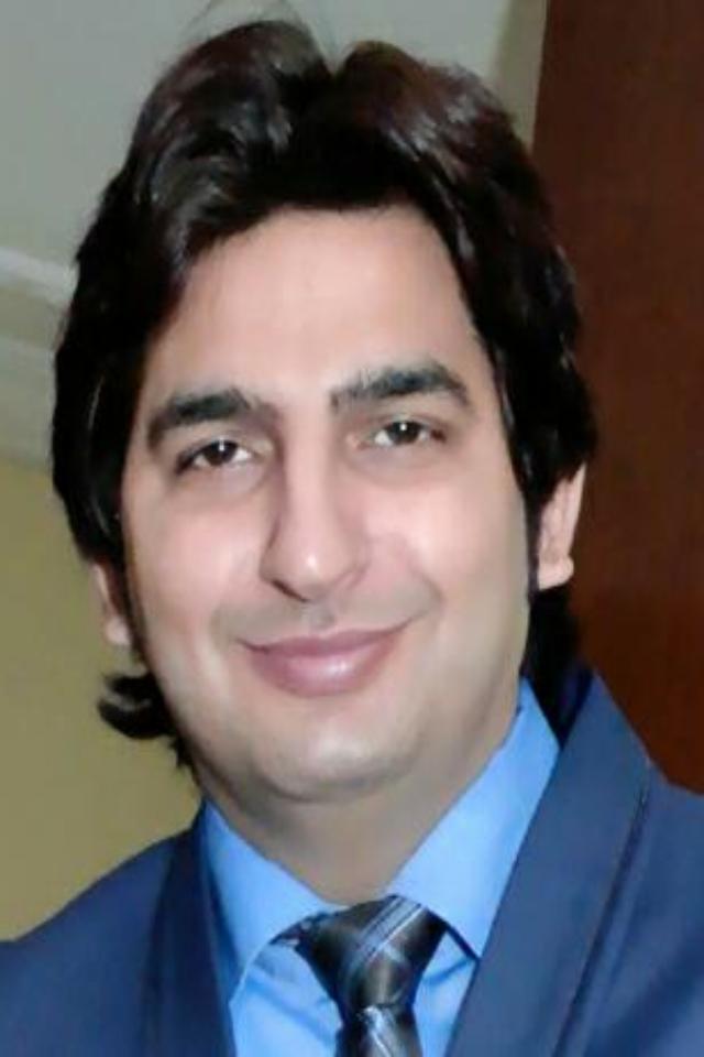 ANISH KHATRI | GENERAL MANAGER – BEEHIVE LOGISTICS