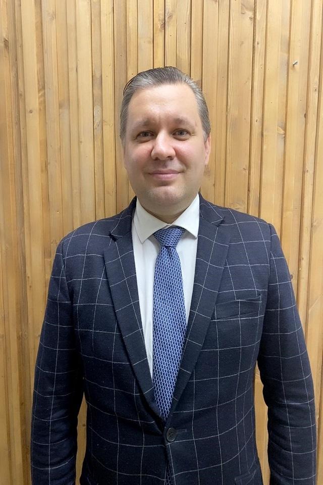 DMITRII SMIRNOV | LAWYER